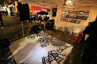 graffiti drawing,nuit blanche